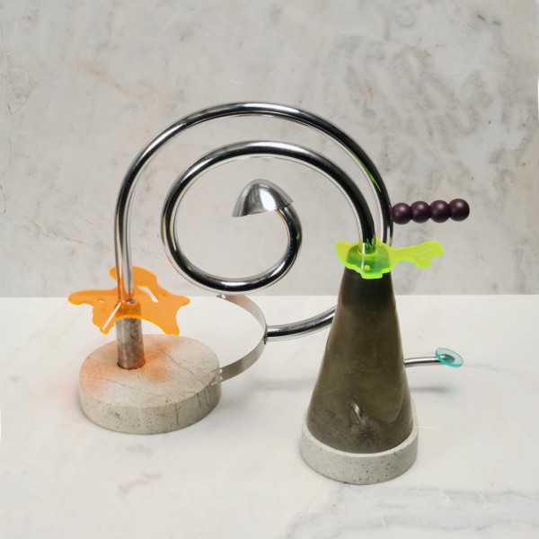 Pedra, metal, acrílico, plástico e epóxi 22X30X10cm [ECU069]